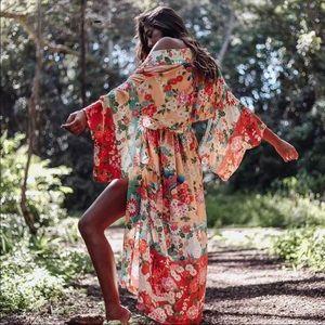 Delilah Maxi Kimono